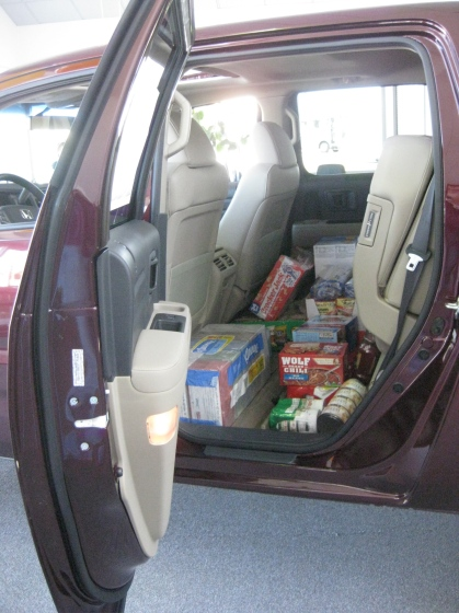 food donations at Hanson Honda
